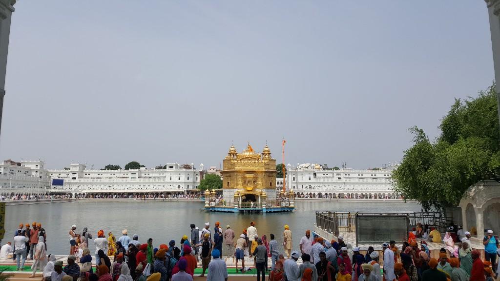 Día 187: El Templo Dorado de los Sikh. Aquí todos llevan cuchillo