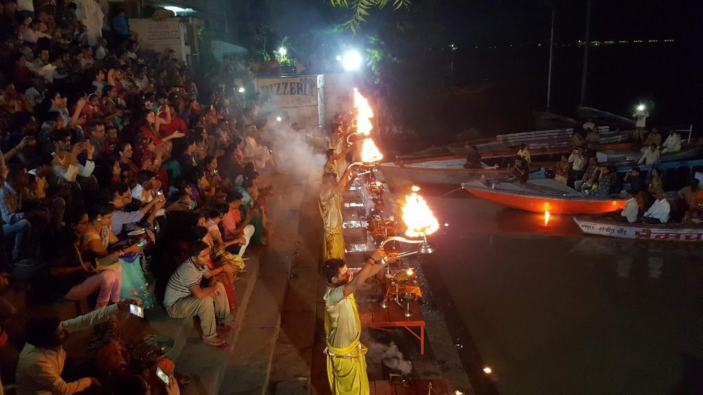 Día 196: algo se quema en Varanasi
